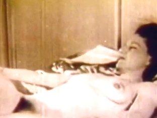 Retro Porn Archive Video: Golden Age Erotica 08 06