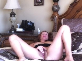 Hairy Milf Orgasming During Webcam Show
