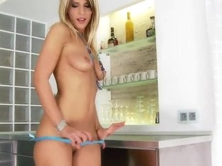Experienced milf Tiffany Rousso gets fucked in the ass at the kitchen