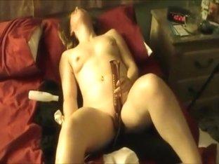 Jean Masturbating For U