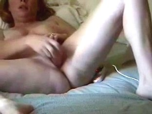 Drilling my tight cunt with a toy