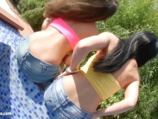 Anita Bellini and Jessyka Swan threesome anal scene by Ass Traffic