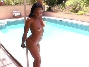 Black pornstar Imani Rose hardcore session