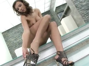 Tall Mona Lone prefers to masturbate and rub tits