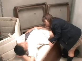 Perverted Asian gives the best Japanese hardcore blowjob
