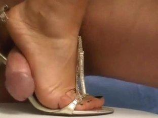 Sandals spunk flow