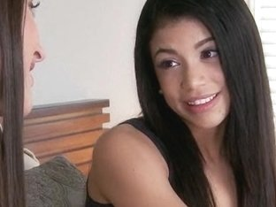 Two teens Lizz Tayler and Veronica Rodriguez hot threeway