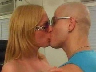 Chap fucks sexy blonde t-girl after sweet rimming