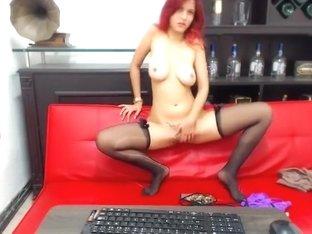 Redhead webcam model Mausell masturbate