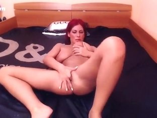 SexyAlliyssa masturbate and fingering