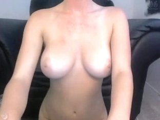 Drilling my perfect cunt on a webcam