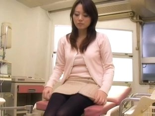 Slim Japanese crammed hard during her medical treatment