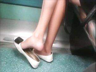 Candid Shoeplay Dangling on Train Feet Legs