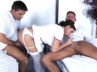 This nurse Diamond Foxxx can take care of her patients Bill Bailey and Toni Ribas dicks