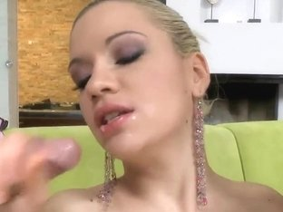 Gorgeous blonde Bibi Noel pleasures two cocks