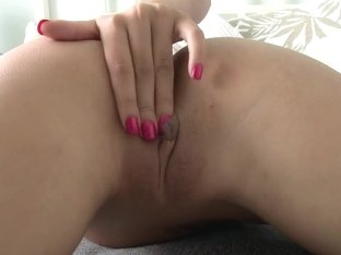 Amateur Deep Throats In Home-Video