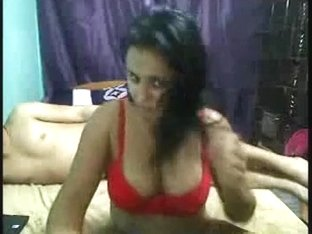 Desi angel in livecam show with her fellow