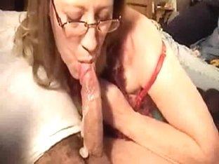 Aged wife deepthroats astonishing