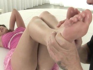 Wonderful feet action of the sexy Lexy Little