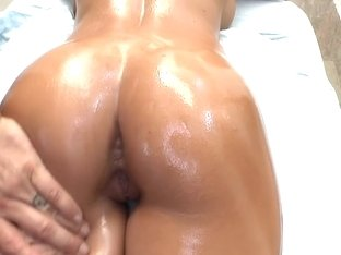 Real Deep Tissue Massage