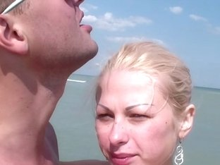 Tattooed blonde gets private home sex on cam on vacations