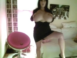 Showing my sexy brabazons on webcam