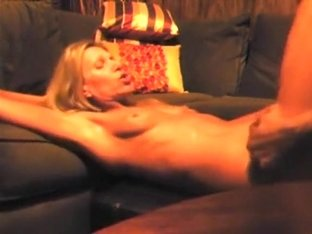 Stylish mother i'd like to fuck comes to BBC to be a doxy