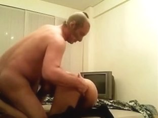 Homemade sextape video with me fucking a brunette