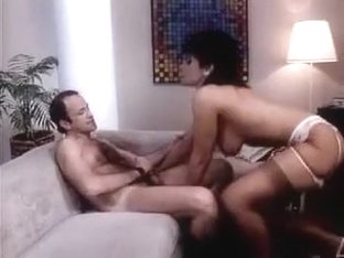 Vanessa del Rio blows and jerks like hell