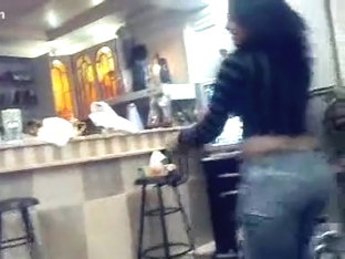 Arab hotty dancing