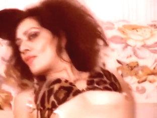 Mature Liolla posing in lingerie