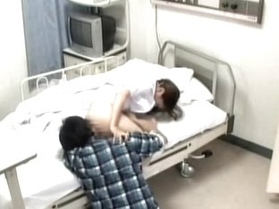 Nurse pleases a naughty patient on a hidden camera
