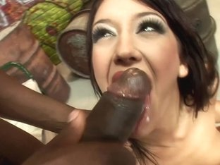 PinkoHD XXX video: Taking on a monster BBC