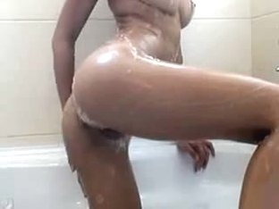 Cute non-professional beauty shows outstanding sexy curvy body during the time that doing shower