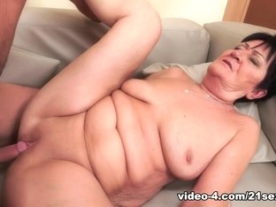Horny pornstar Boy Toy in Incredible Big Tits, Brunette adult clip