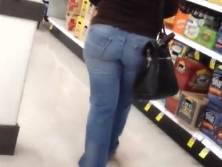 Short pawg at store