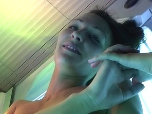 Dasi West in amateur nude chick gives a bj at a beauty salon