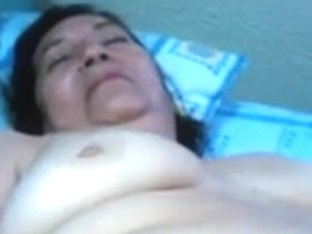 Granny gives a sloppy and kinky blowjob R20
