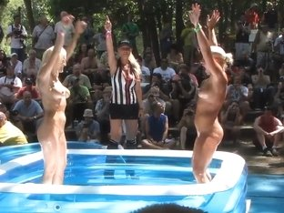 chicago amateurs oil wrestling at nudist resort