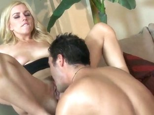 Lexi Belle's bush yells for tongue touching