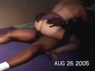 Slut squirts while getting fucked