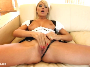Jasmine Rouge gets gonzo sex POV style from Pure POV