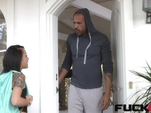 Holly Hendrix in The Back Door Locksmith
