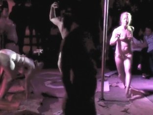 Naked on Stage NoS 317