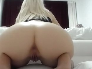 1luxuriousgirl intimate movie on 01/21/15 22:12 from chaturbate