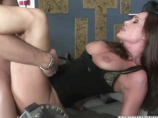 Busty babe Sky Taylor gets her mature twat fucked
