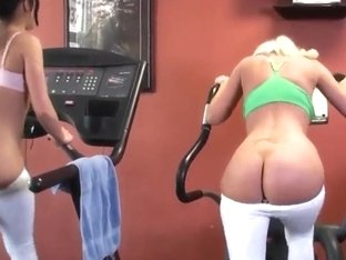 Alyssa Reece and Molly Cavalli do workouts naked