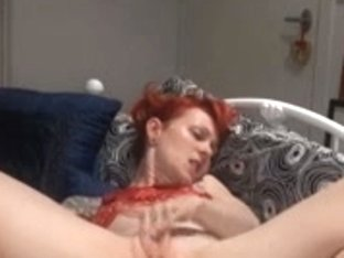 Gina Cherie masturbates