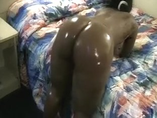 Overweight and stacked darksome butt oiled up and ready for fun