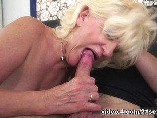 Exotic pornstar in Crazy Blonde, Cunnilingus adult scene